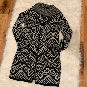 Nwot Black and Tan duster sweater